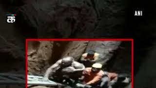 NDRF ने 225 फुट गहरे बोरवेल में गिरी 3 साल की बच्ची को 28 घंटे बाद बचाया