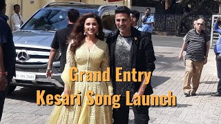 Akshay Kumar & Parineeti Chopra GRAND Entry - Kesari New Song Launch