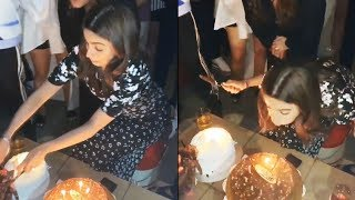 Alia Bhatt Cutting Birthday Cake | 26th Birthday Celebration | Watch Video