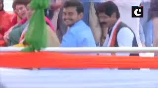 Priyanka Gandhi reaches Manaiya Ghat for her 'Ganga-Yatra'