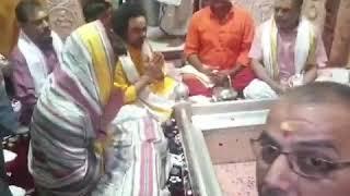 Smt. Priyanka Gandhi offers prayers at Kashi Vishwanath