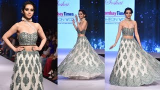 Gorgeous Sukirti Kandpal Walks The Ramp At Bombay Times Fashion Week Spring Summer 2019