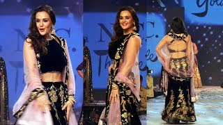 Preity Zinta Ramp Walk At Caring With Style Fashion Show | Cancer Patients Aid Association (CPAA)