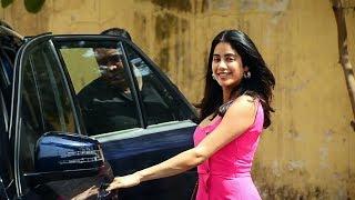 Beautiful Janhvi Kapoor Spotted At Pilates Gym Khar