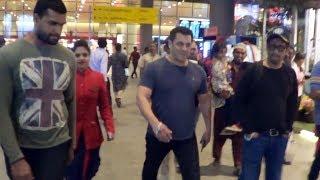 Bhaijaan Salman Khan Returns From Saudi Arabia ????, Spotted At Mumbai Airport