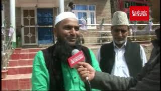 Parliament Candidate Javed Querashi Talking To Kashmir Crown.
