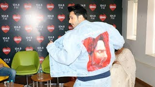 Varun Dhawan Flaunts His JACKET Given By His Die-Hard Fan | Kalank Jacket