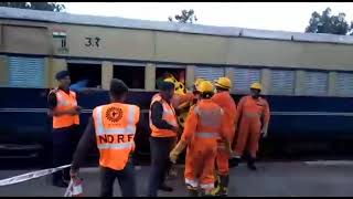 NDRF in railway station Paprola told how to deal with the disaster
