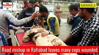 Road mishap in Rafiabad leaves many cops wounded