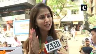 LS polls: Film on PM Modi should not be released during elections, says Urmila Matondkar