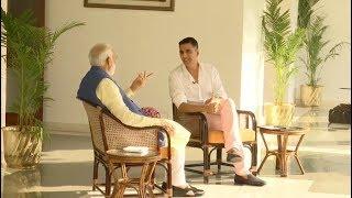 PM NARENDRA MODI WITH AKSHAY KUMAR… किसी को नीचा दिखाकर काम नहीं करता – मोदी
