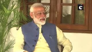 'Kya aap aam khaate ho? Akshay Kumar tickles candid side of PM Modi