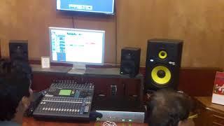 LIVE SINGING 2018 - निरहुआ और अम्रपाली का होली गीत - Nirahua And Amarpali Dubey