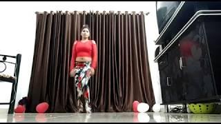 भोजपुरी का सबसे सुपर  हॉट डान्स 2018 - गजबे कमर लचके