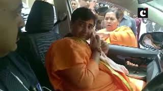 Madhya Pradesh: Pragya Thakur breaks down while meeting Uma Bharti in Bhopal