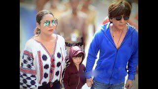Shah Rukh Khan along with wife Gauri casts his vote in Mumbai