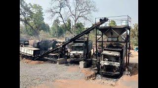 Naxals set ablaze 36 vehicles in Gadchiroli