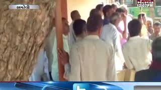 Amreli: Students has stopped ST Bus over the demand of Bus Stop in Vadiya