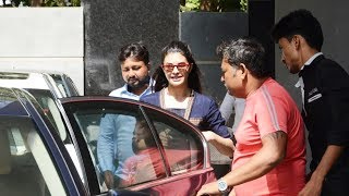 Jacqueline Fernandez Spotted At Mukesh Chhabras Office In Juhu