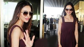 De De Pyaar De Actress Rakul Preet Singh Spotted At Airport