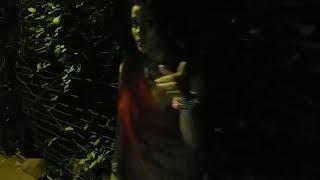 गाॅव की शादी में से लौटकर घर जाती हुई लड़की के साथ लङके ने किया छेड़खानी Viral video | जरूर देखे 2017