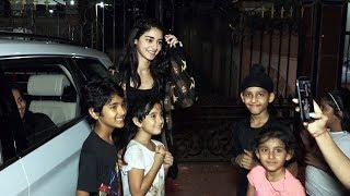 CUTE Ananya Panday Poses With Kids At Pali Village Bandra