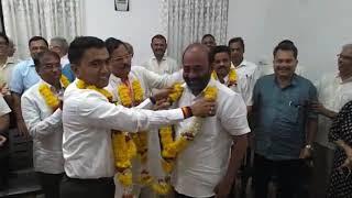 CM Pramod Sawant Garland Winning BJP Candidates