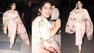 Janvhi Kapoor Looking So Cute In This Traditional Look, Spotted At Airport