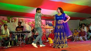 Ritesh Pandey और Tanu Shree ने किया जबरदस्त Dance -  Piywa Se Pahile Hamar Rahlu