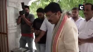 Dharmendra Pradhan, Pratap Sarangi offer prayers at Delhi's Jagannath Temple