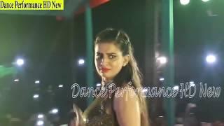 #अक्षरा सिंह ने स्टेज पे लगाए देसी ठुमके - गाव की स्टाइल का भोजपुरी डांस | #Akshara Singh Stage Show