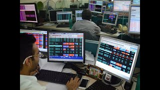 Sensex rises 86 pts, Nifty tops 11,850; IT, private bank stocks rally
