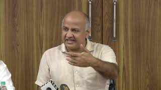 Dy CM Manish Sisodia aanounces that we will go the people and ask them about the free fare scheme