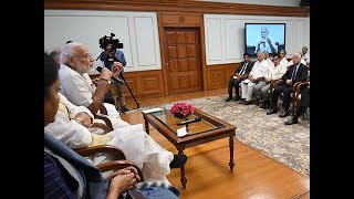 PM Modi meets govt secretaries, directs to focus on 'ease of living'