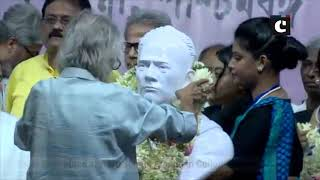 CM Mamata garlands Vidyasagar's bust ahead of its re-installation at Vidyasagar College