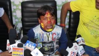 Actor RK Goswami, Director Ritesh Thakur Celebrate Bhojpuri Film Chana Jor Garam Team Holi Mumbai.