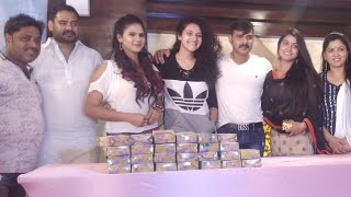 "#Pawan Singh#  Ne  Diwali  Gift और Badhai  All  ""BOSS""  Team Ko   Diye   2018#"