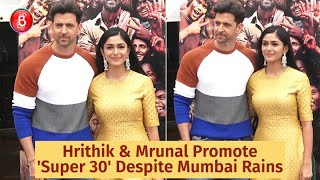Daring The Mumbai Rains Hrithik Roshan & Mrunal Thakur Promote 'Super 30'