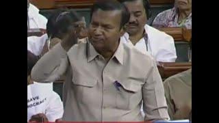 Watch: Karnataka Political Crisis echoes in Lok Sabha