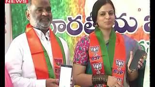 Ex-MLA CK Babu with His Wife Joins BJP | Bjp Party Office | Dr. K Hari Babu | Daggubati Purandeswari
