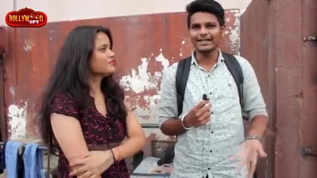 SUPER 30 Public Review  Gaiety Galaxy Theatre Housefull  Hrithik Roshan  Mrunal Thakur