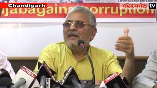 Dr.Dharamvira Gandhi,Member Parliament Patiala During Press Conference in Chandigarh