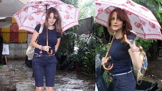 Sussanne Khan Snapped For Post Salon Session At Kromakay Juhu