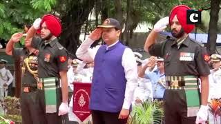 Kargil Vijay Diwas: CM Fadnavis pays tribute at Shaheed Smarak in Mumbai