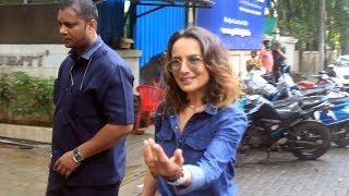 Farhan Akhtar Ex Wife Adhuna Bhabani Spotted AtB Blunt Salon Khar