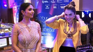 Isha Koppikar & Tanishaa Mukerji At The 15th Annual Fura Retail Jeweller India Awards 2019