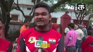 सीएम योगी ने गोरखपुर में लगाया जनता दरबार, लोगों की शिकायतों का किया समाधान
