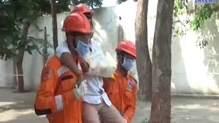Kodinar | NDRF team at Girls'  School gave guidance on rescue operations during the earthquake