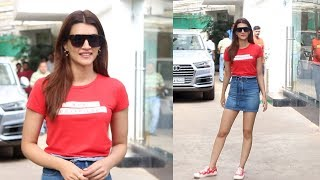 Beautiful Kriti Sanon Spotted At Sunny Super Sound - Watch Video