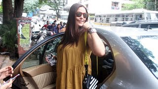Neha Dhupia Spotted At Sequel Restaurant Bandra - Watch Video